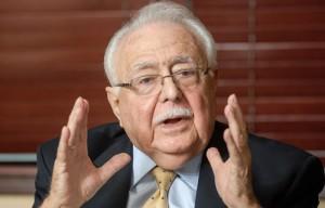 Antonio-Isa-Conde-plantea-que-la-minería-hay-que-verla-a-largo-plazo-en-el-país