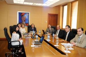 Encuentro-con-el-gobernador-del-Banco-Central-y-CAMIPE-1