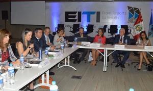 Los consejos nacionales de la EITI están formados por representantes de Estados miembros, de industrias extractivas y de la sociedad civil