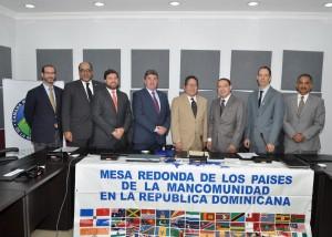 Firman-Acuerdo-Promocion-Mineria-y-Petroleo