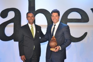 Domingo Contreras, y Marcelo Aicardi, gerente general de EGE Haina