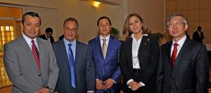 Los participantes en la reunión de contrapartes de proyectos de cooperación técnica, entre ellos María de los Ángeles Peña y Dazhu Yang