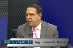 Entrevista-de-Ing-José-Sena-en-el-programa-Luna-Valiente-presenta