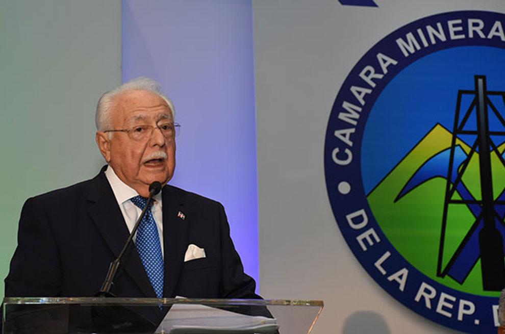 Antonio-Isa-Conde,-ministro-de-Energía-y-Minas