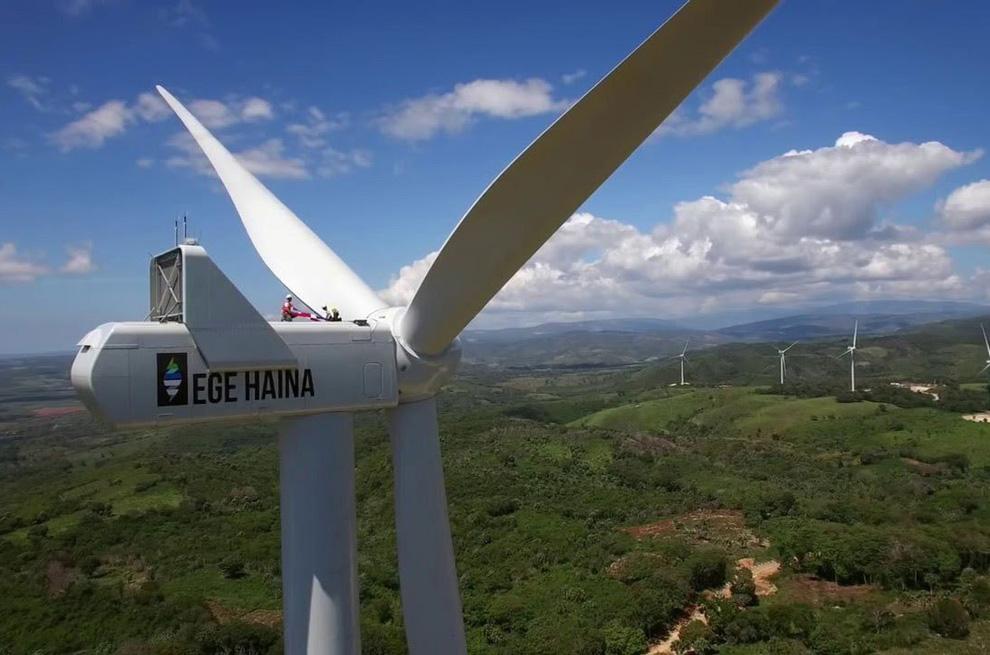 ege-haina-Los-parques-eólicos-Los-Cocos-y-Larimar