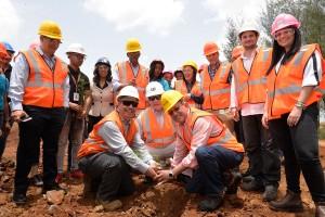 Ministro-de-Medioambiente-y-Recursos-Naturales-inspecciona-a-Falcondo