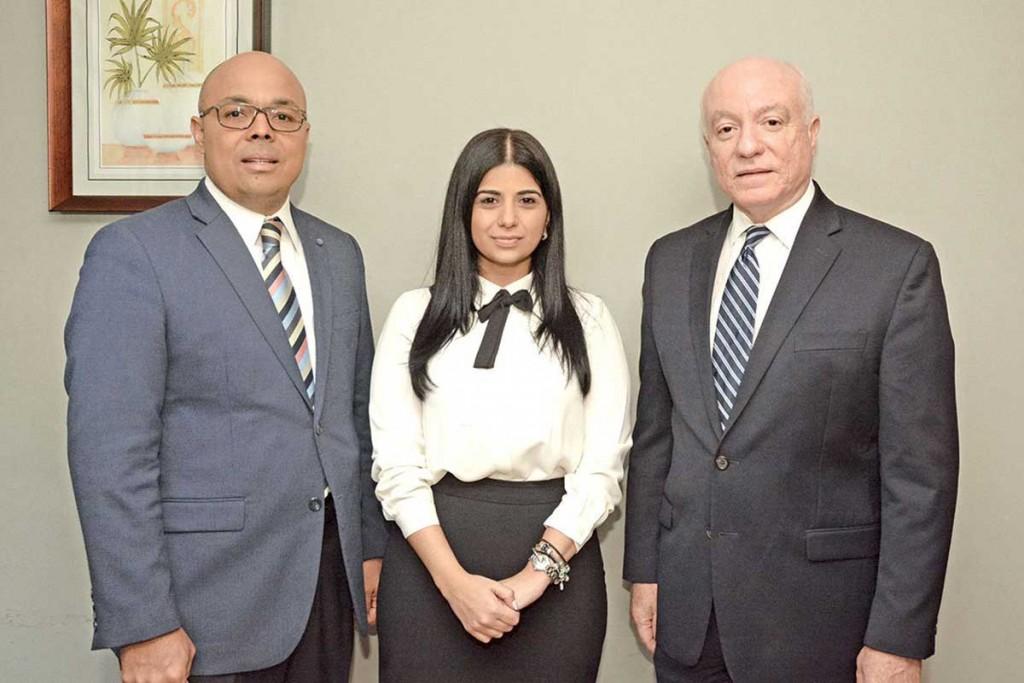 camipe-Jairon-Severino,-Yamila-López-Souri-y-Pedro-Esteva