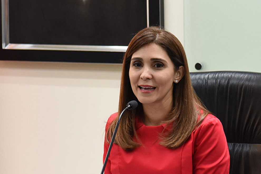 Juana-Barceló,-presidenta-de-Barrick-Pueblo-Viejo