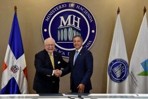 Ministerios-de-Hacienda-y-Energía-y-Minas-firman-acuerdo-de-cooperación-interinstitucional-sobre-el-sector-minero