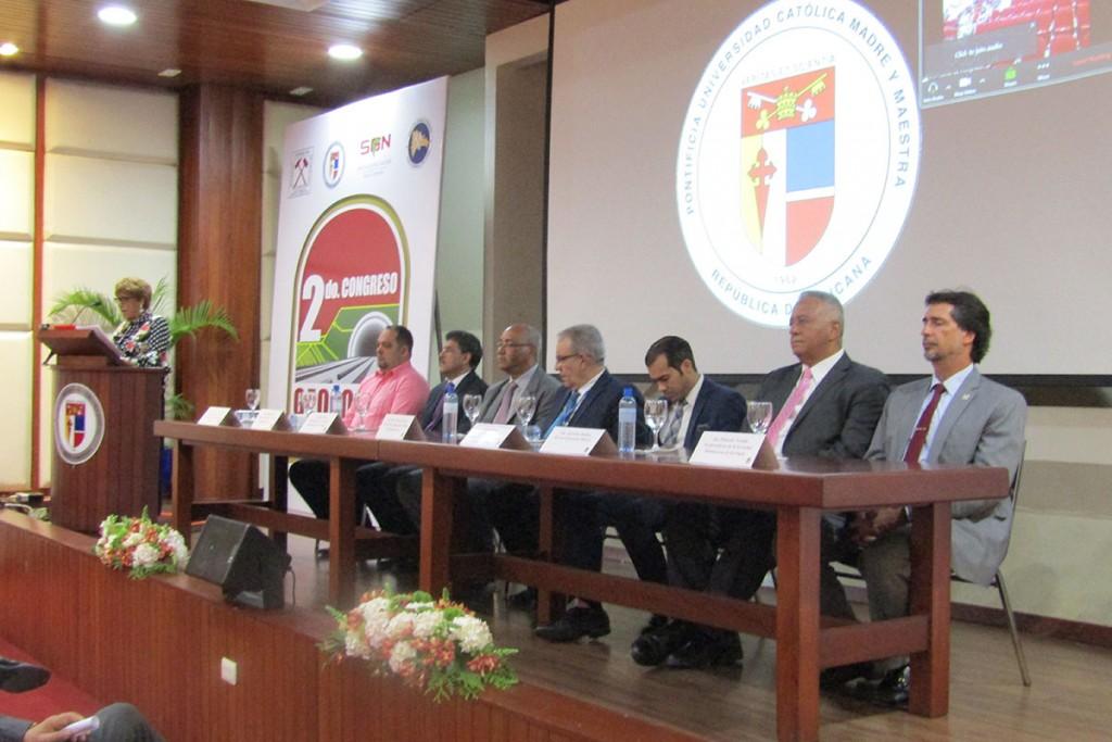 Segundo-Congreso-Internacional-de-Geología-Aplicada-mesa-directiva-sodogeo